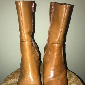 Diba Shoes - Vintage burnt Tan mid leather chunk healed boots